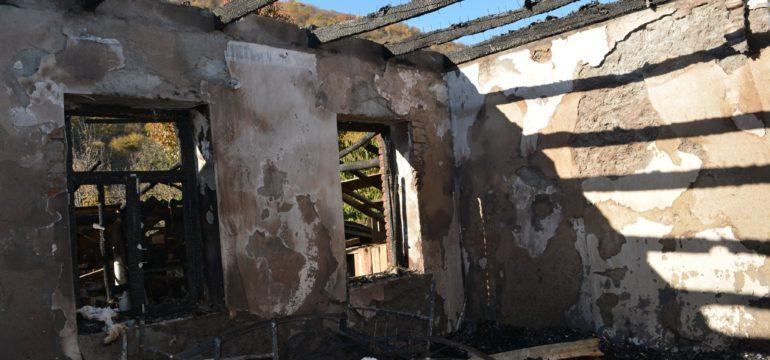 Burnt house in Birkiani: by Natela Kavtarashvili